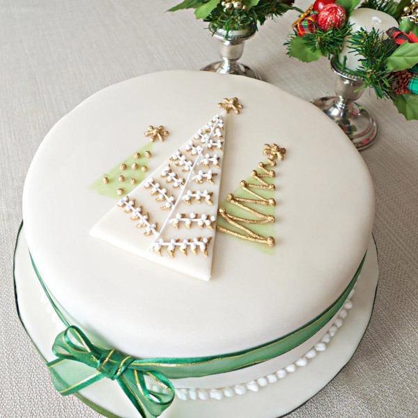 10 Christmas Cake Designs You'll Love