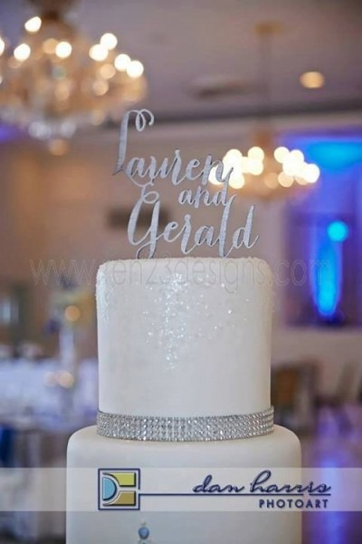 Add An Interlocking Monogram Acrylic Cake Topper For A Unique Touch
