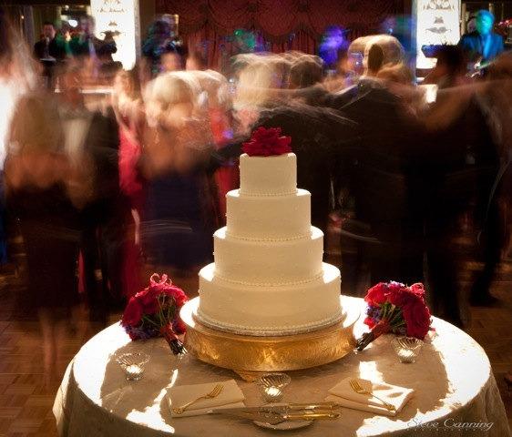 Grand Wedding Matte Gold Round Cake Stand Plateau 16 Inch