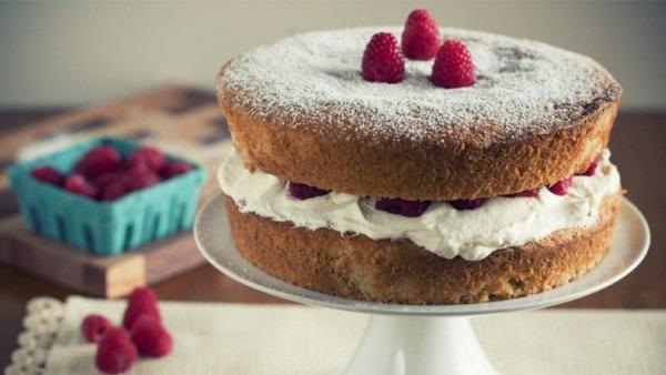 How To Bake A Cake  Victoria Sponge
