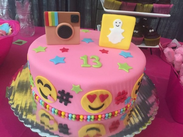 9 Snapchat Birthday Cakes For Girls Photo