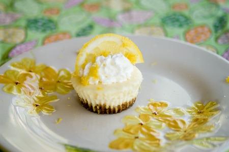 Mini Lemon Cheesecakes – Afoodieaffair
