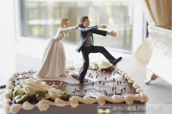New  Come Back  Bride And Groom Funny Wedding Cake Topper