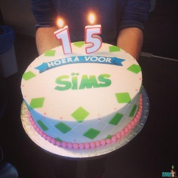 Sims 4 Cake