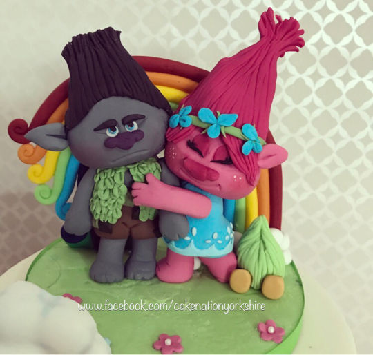 Branch And Poppy From Trolls Cake Topper