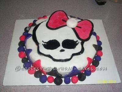 Coolest Homemade Monster High Cakes
