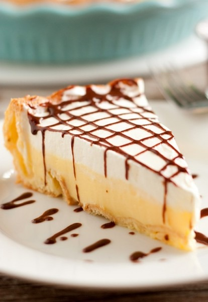 Cream Puff Pie (aka Cream Puff Cake Or Eclair Cake)