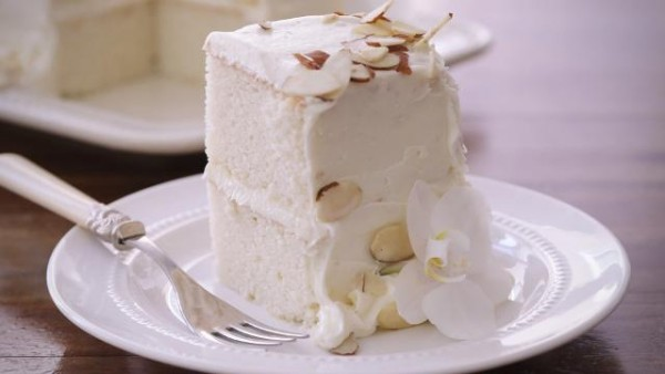 White Almond Wedding Cake Recipe