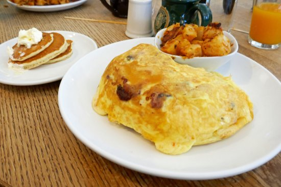 Omelet With Bacon, Mushrooms, Cheese