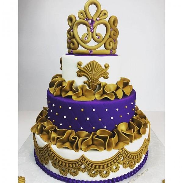 8 Royal Princess Theme Baby Shower Cakes Photo
