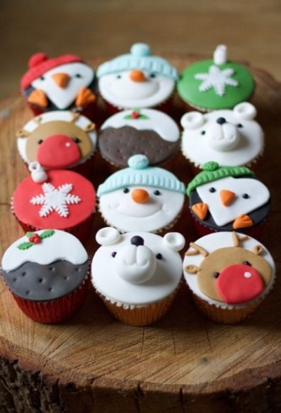 Christmas Cupcakes By Www Flossiepopscakery Co Uk