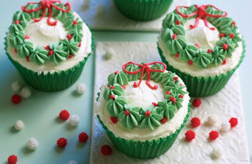 Christmas Wreath Cupcakes Pictures, Photos, And Images For