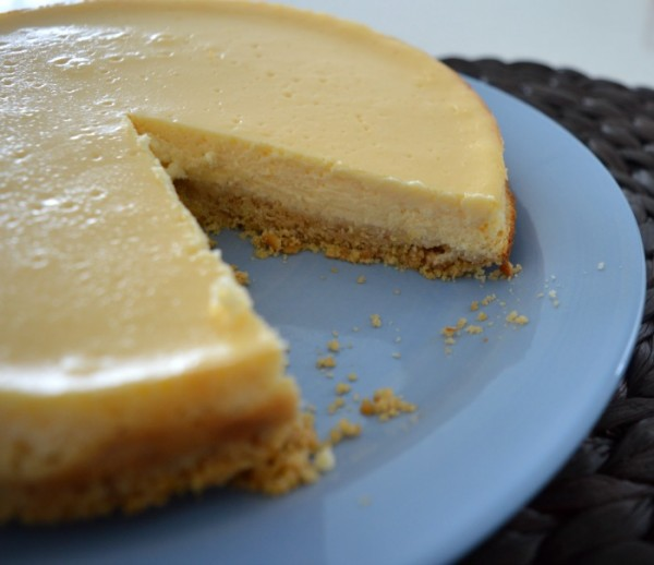 Easy Baked Lemon Cheesecake Recipe