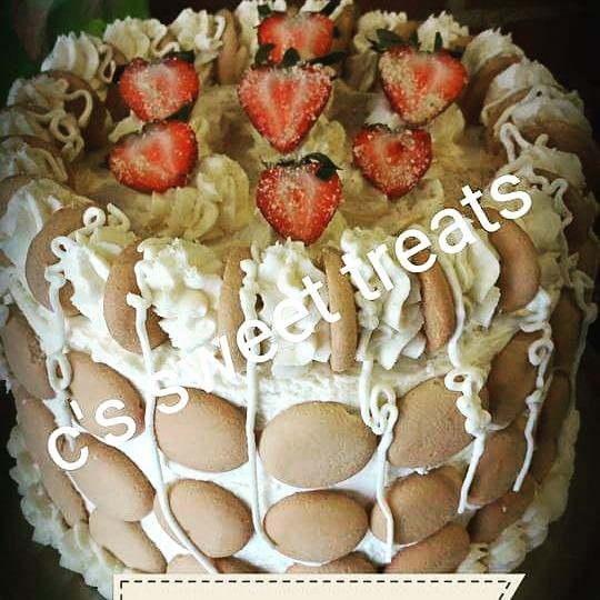C's Sweet Treats On Twitter   Strawberry Banana Pudding Cake