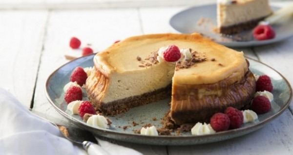 A Foolproof Baked Cheesecake Recipe