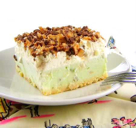 One Perfect Bite  Frozen Pudding Cream Cake With Candy Bar Crunch