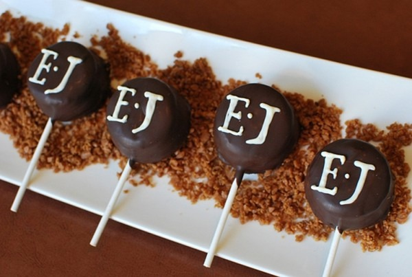 Cheese Cake Pops!