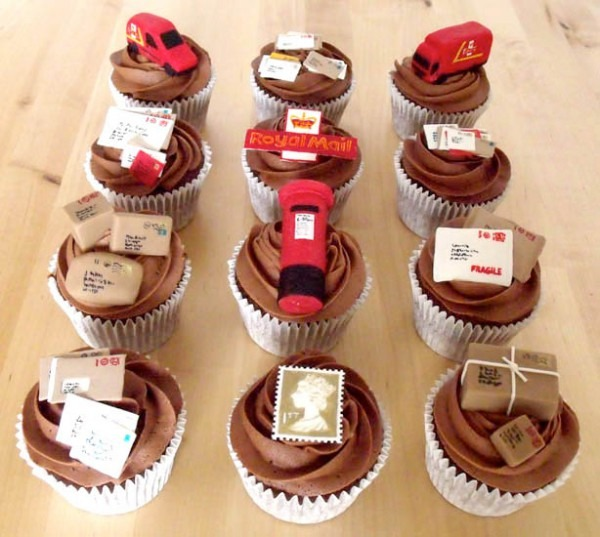 6 Cupcakes By Mail Photo