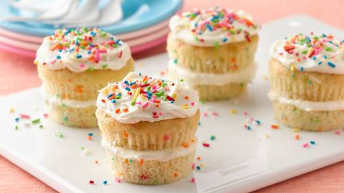 Layered Sprinkle Cupcakes Recipe