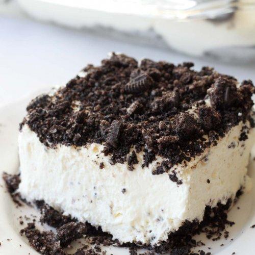 Delicious Oreo Dirt Cake Recipe (+video)