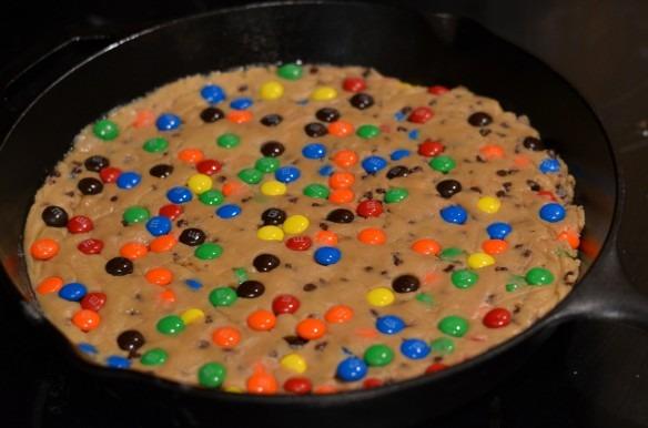 M&m Skillet Cookie Cake Â« Wafoodie