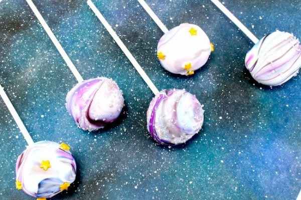 Galaxy Cake Pops (easy No Bake Recipe)