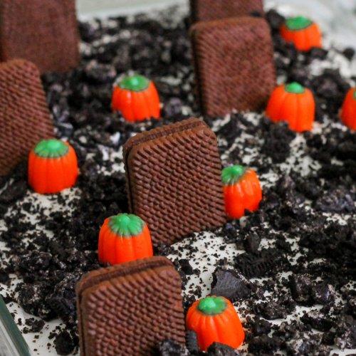 Graveyard Dirt Cake