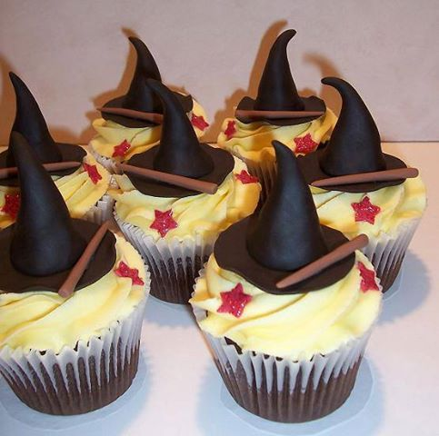 Harry Potter Hat Cupcakes