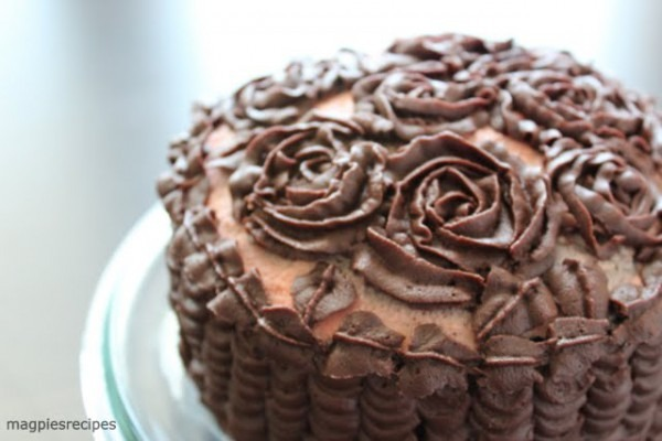 Magpie's Recipes  Nutella Ganache Frosting Roses & Ruffles Cake By