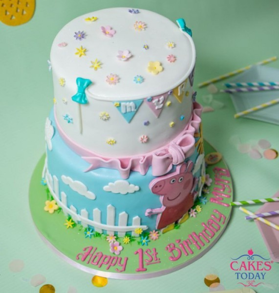 Adorable Tiered Peppa Pig Cake (a606)