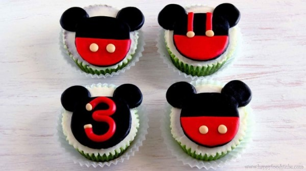 Mickey Mouse Fondant Cupcake Toppers (video Tutorial)
