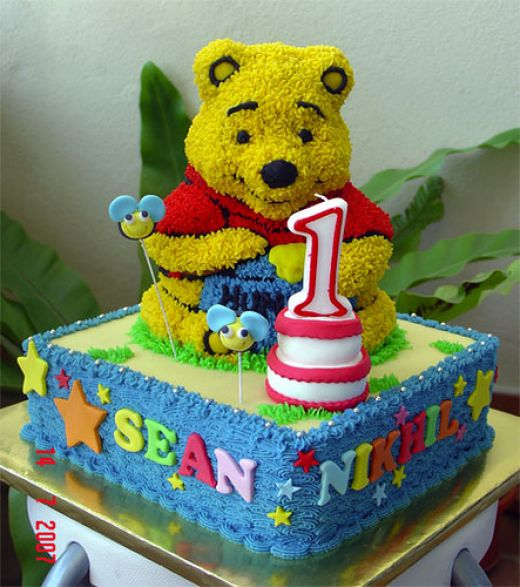 Winnie The Pooh Cakes And Cupcakes – Kids Birthday Parties