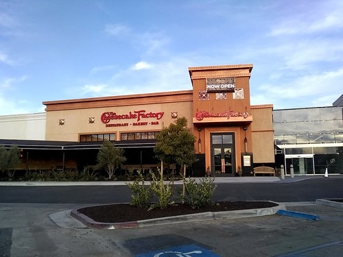 The Cheesecake Factory At The Promenade Temecula