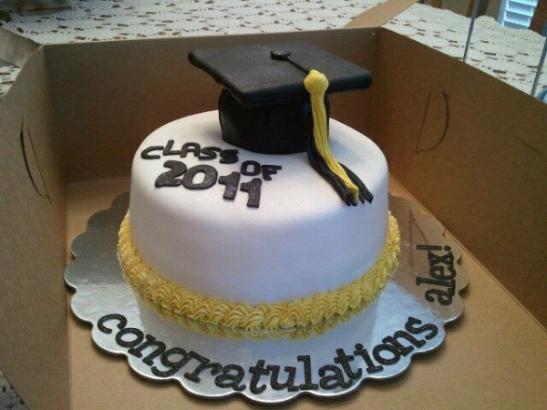 Black Gold Graduation Cake