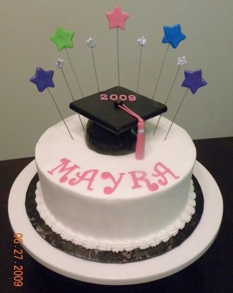 Simple Graduation Cake Design