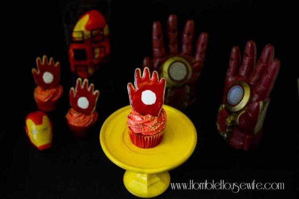 Iron Man Cupcake Tutorial
