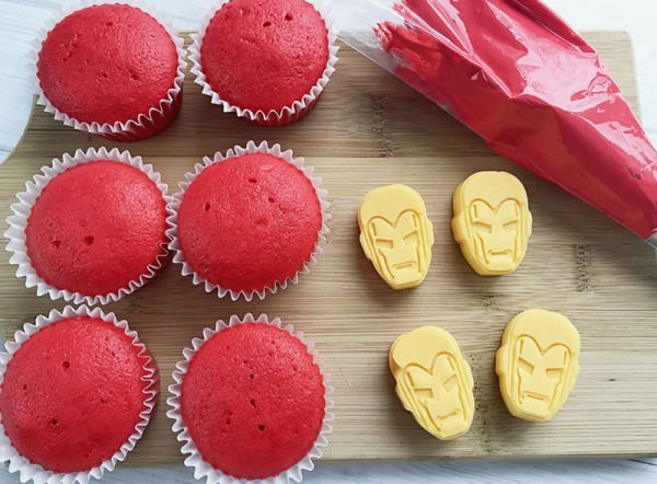 Superhero Cupcakes  Iron Man » Sunny Sweet Days