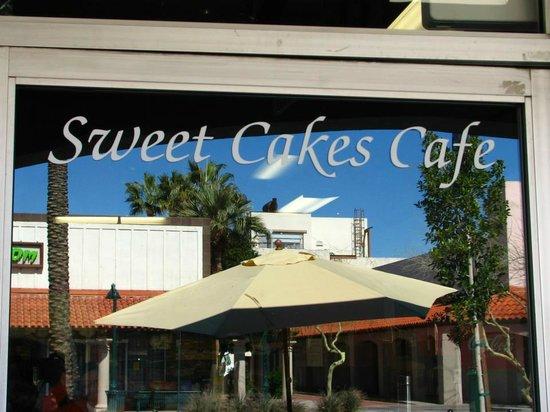 Sweet Cakes, Mesa