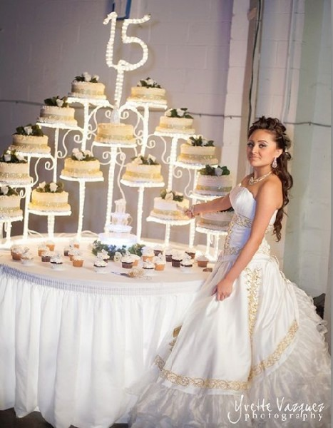 Gorgeous Quinceañera Cake Stand And Photo Idea    Photo Credit